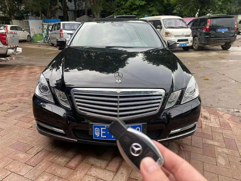 2013年8月北京奔驰E300L 3.0L自动优雅型