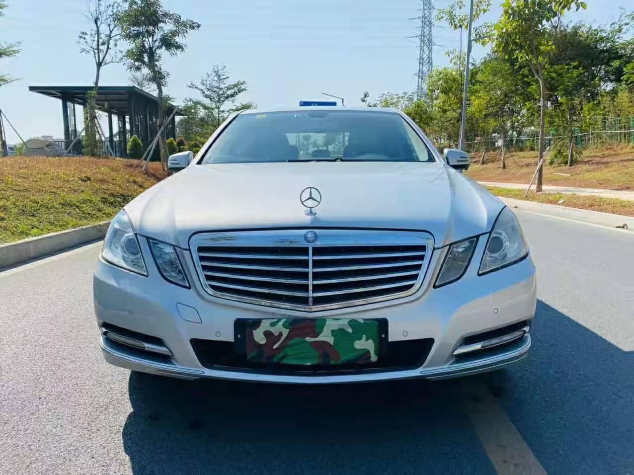 2012年12月北京奔驰E260L 1.8T自动CGI时尚型