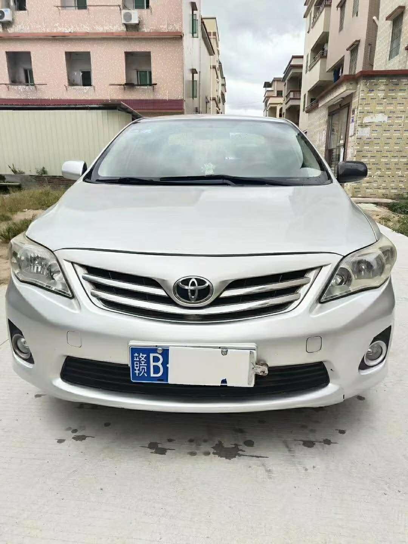 2013年2月一汽丰田卡罗拉1.8L自动GL-i炫装版